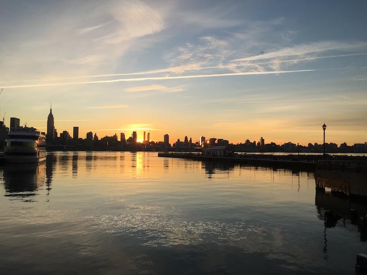 New-York-Skyline-Sunrise