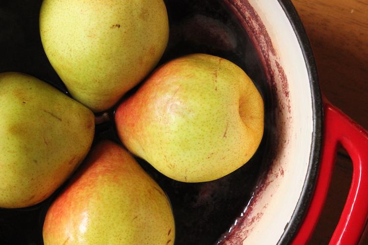 Pears-in-wine